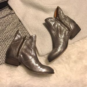 Seychelles Metallic Silver Distressed Ankle Boots